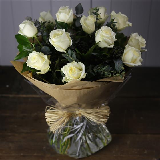 The Rose Bouquet in White